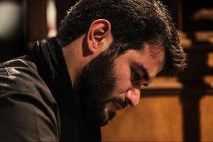 دانلود مداحی های عربی و فارسی حاج میثم مطیعی برای پیاده روی اربعین 93